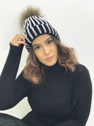 Black Diamante Fur Detachable Pom Pom Beanie Hat