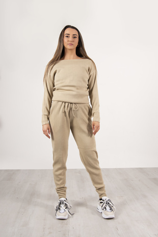 Beige loungewear knitted joggers and jumper set