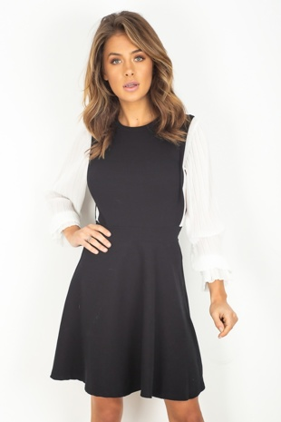 Black Contrast Pleated Sleeve Skater Dress