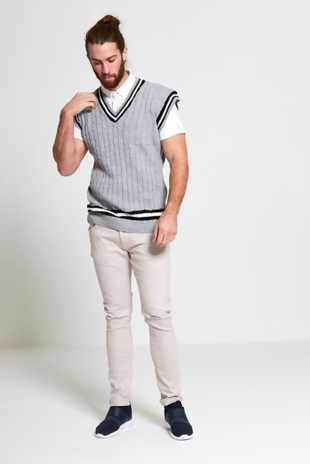 Mens Grey Sleeveless Cable Knitted V Neck Cricket Jumper