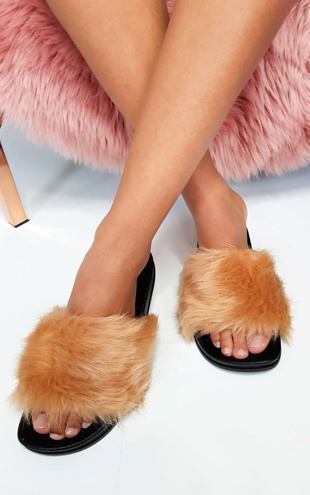 Mocha Fluffy Faux Fur Sliders