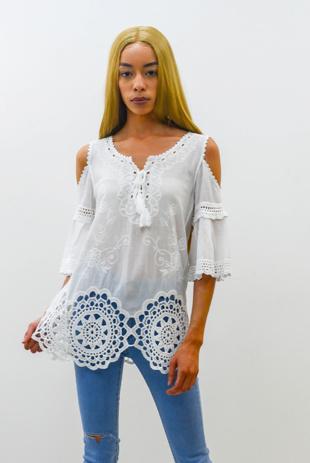 White Cold Shoulder Crochet Hem Top