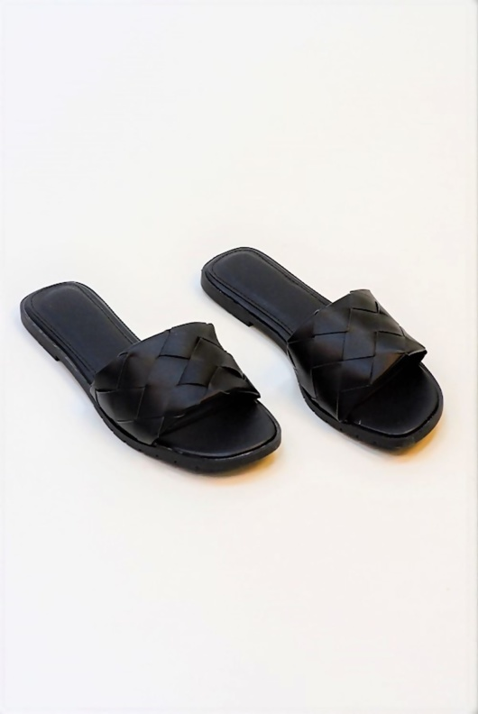 Black Open Toe Quilted sandals