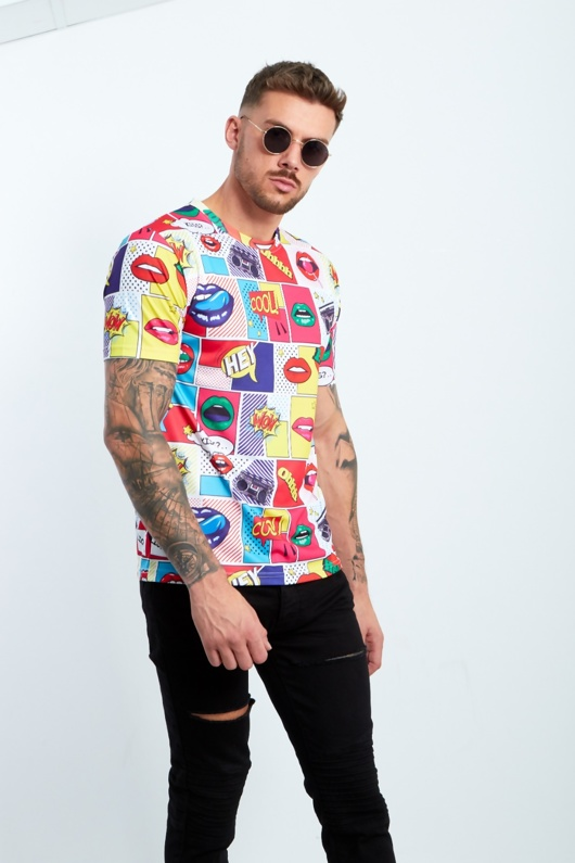 Lip Printed Muscle Fit T-Shirt