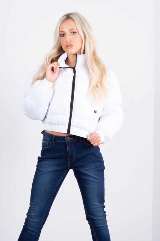 White Hooded Cropped Puffer