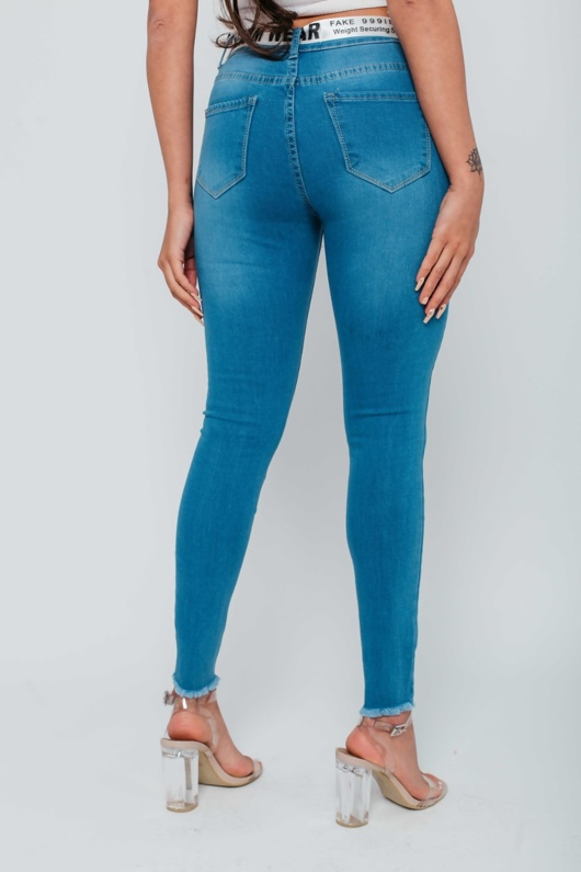 Arianna Ajtar Light Blue Frayed Hem Belt Detail Skinny Jeans