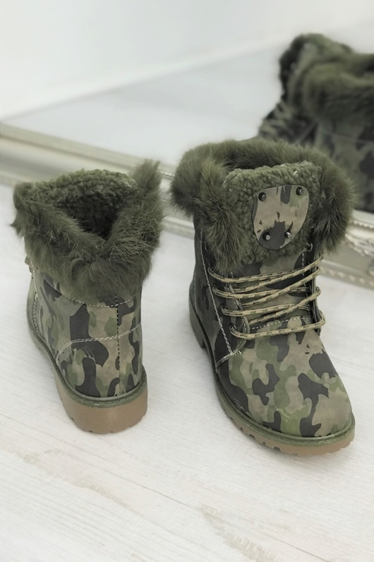 Camo Faux Fur Lined Lace Up Stud Boots